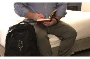 EVERKI Business 121 Laptop Backpack
